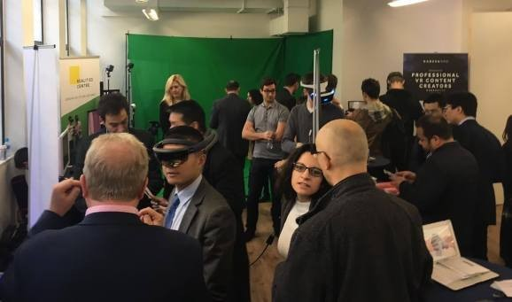 The VR industry needs better content, turns to accelerators