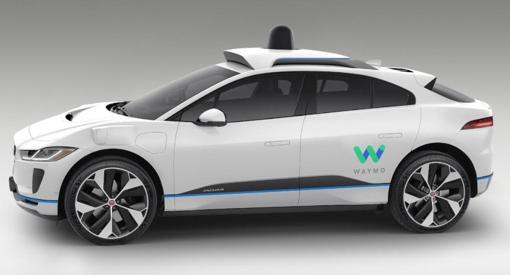 U.S. regulators seek public input on new safety standards for self-driving cars