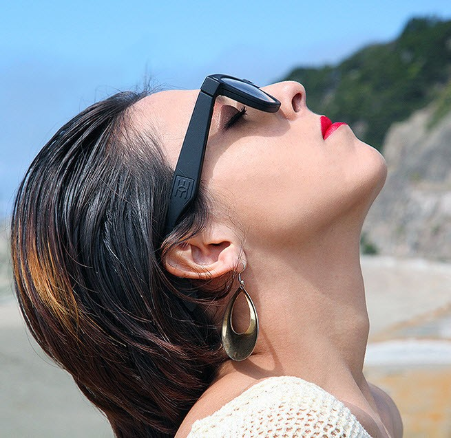 Updated: Why wait for Google Glass? Epiphany Eyewear is here now (exclusive)