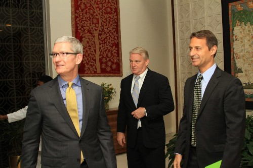 Apple is 'doing a lot of things' in augmented reality, Tim Cook says | VentureBeat | AR/VR