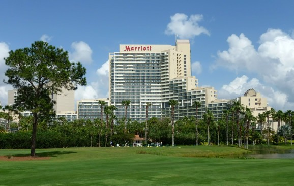 FCC busts Marriott for blocking Wi-Fi hotspots