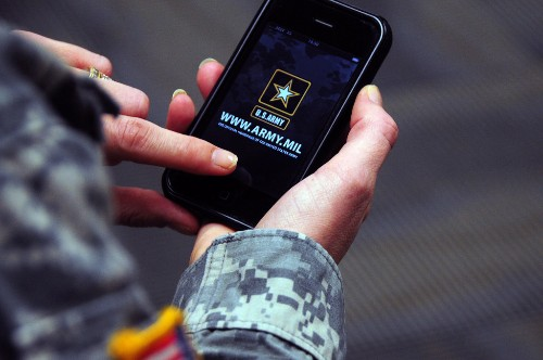 Pentagon gives green light: Now those hundreds of thousands of iPhones, iPads, and iPods can actually be used