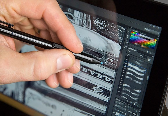 Pro-grade Photoshop will soon arrive on touchscreens