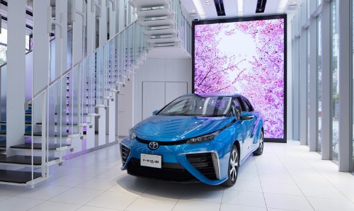 Japan's ambitious hydrogen-vehicle plans stumble, with bureaucracy to blame