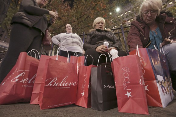 Adobe: Thanksgiving and Black Friday online sales up 18%, iOS numbers almost triple Android's
