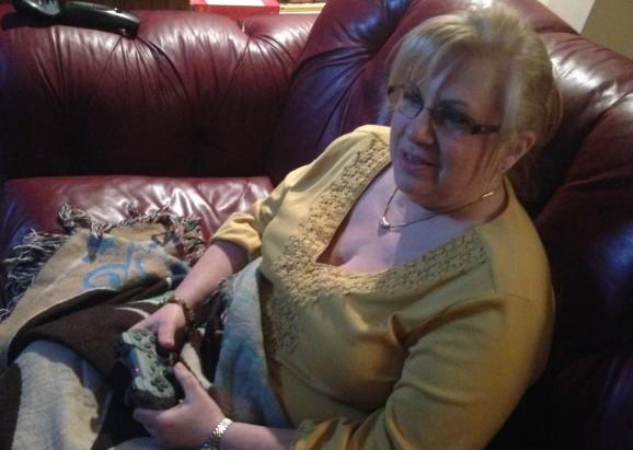 My mom reviews Dark Souls II