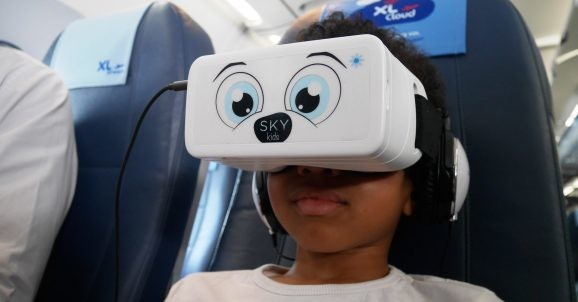 U.S. needs a task force to examine risks AR, VR, and 5G pose to kids