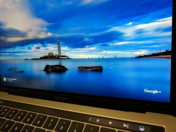 Google releases Featured Photos screen saver for Mac