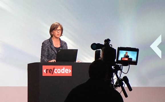Tech's best barometer? Mary Meeker's Internet Trends report has ballooned from 25 to 213 slides