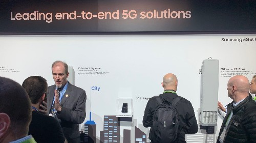 This is Samsung's 5G Prototype Smartphone and end-to-end 5G wall at CES