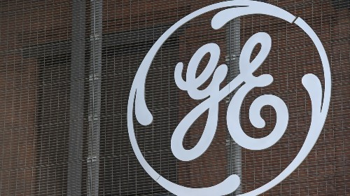 General Electric Workers Launch Protest, Demand to Make Ventilators