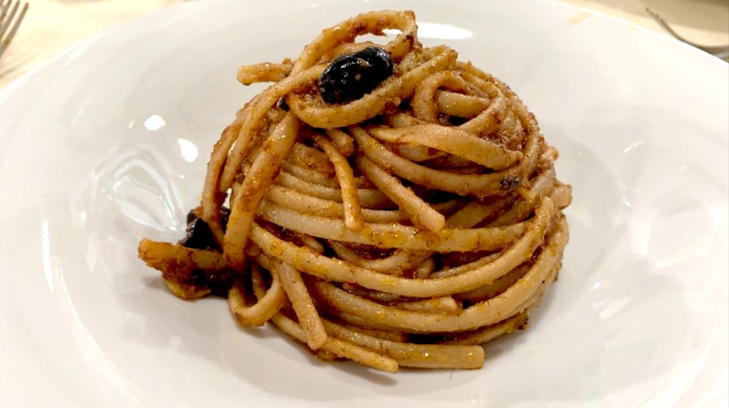 The Illegal Pasta That Won the Hearts of Michelin Chefs
