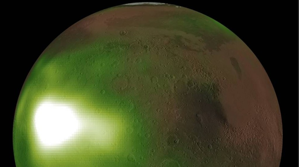 Mars's Weird Glowing Atmosphere Pulses Exactly 3 Times a Night, NASA Discovers