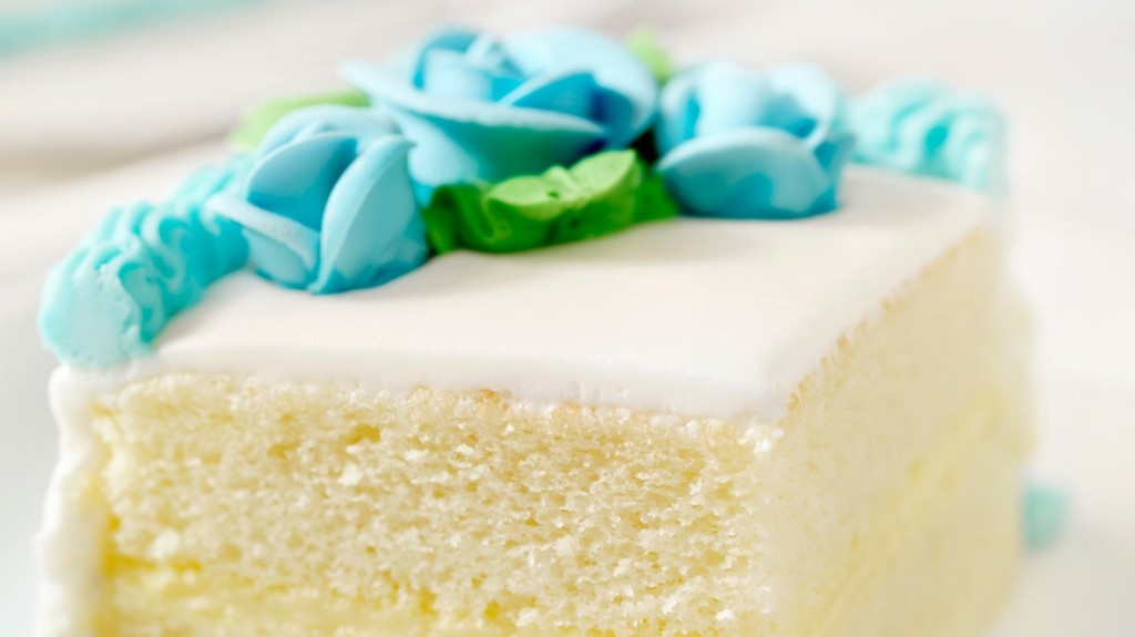 Why Fondant Frosting Is the Most Controversial Food on the Internet