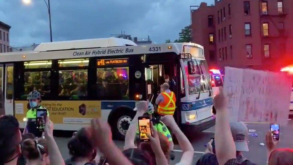 NYC Bus Drivers Union Refuses to Transport Protesters for the NYPD