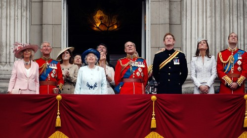How Would the UK Actually Scrap the Monarchy, and What Would Happen Next?