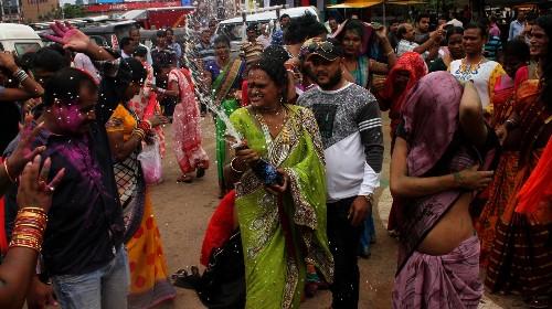 L'homosexualité est dépénalisée et l'Inde est sur le party