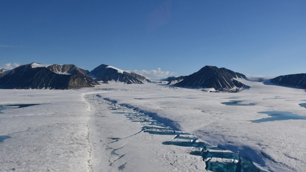 Canada's Last Intact Arctic Ice Shelf Just Collapsed