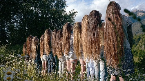 See Photos of the Long-Haired Women of Argentina
