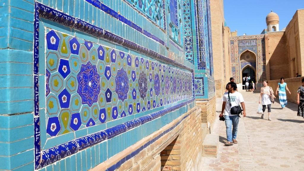 L'Ouzbékistan offre 3000 dollars aux touristes qui attrapent le Covid-19