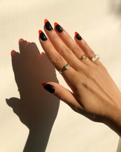 5 Head-Turning Party Manicures for Closing the Year With a Bang