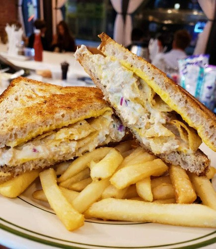Let New York's Coolest Diner Teach You How to Make the Ultimate Comfort-Food Lunch