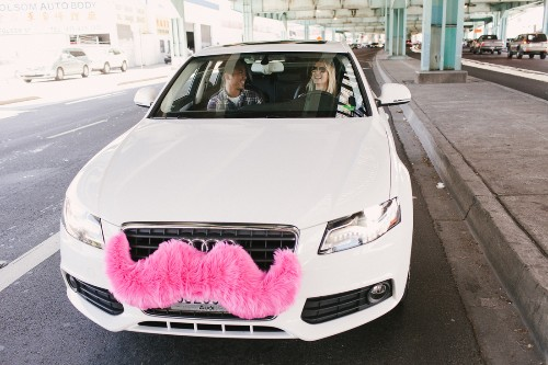 Lyft is replacing the pink mustache with a psychedelic dash display that knows your name