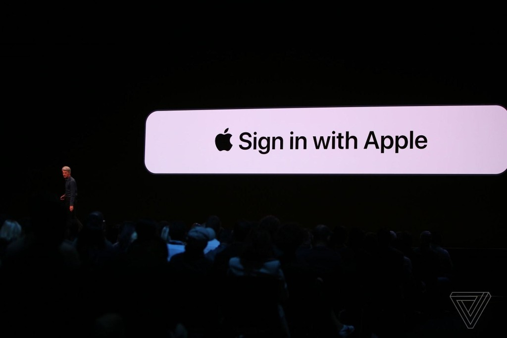 Apple's new sign-in button is built for a post-Cambridge Analytica world