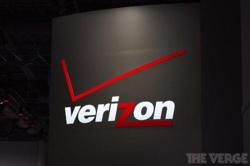 Verizon response to FCC's throttling concerns: everyone's doing it