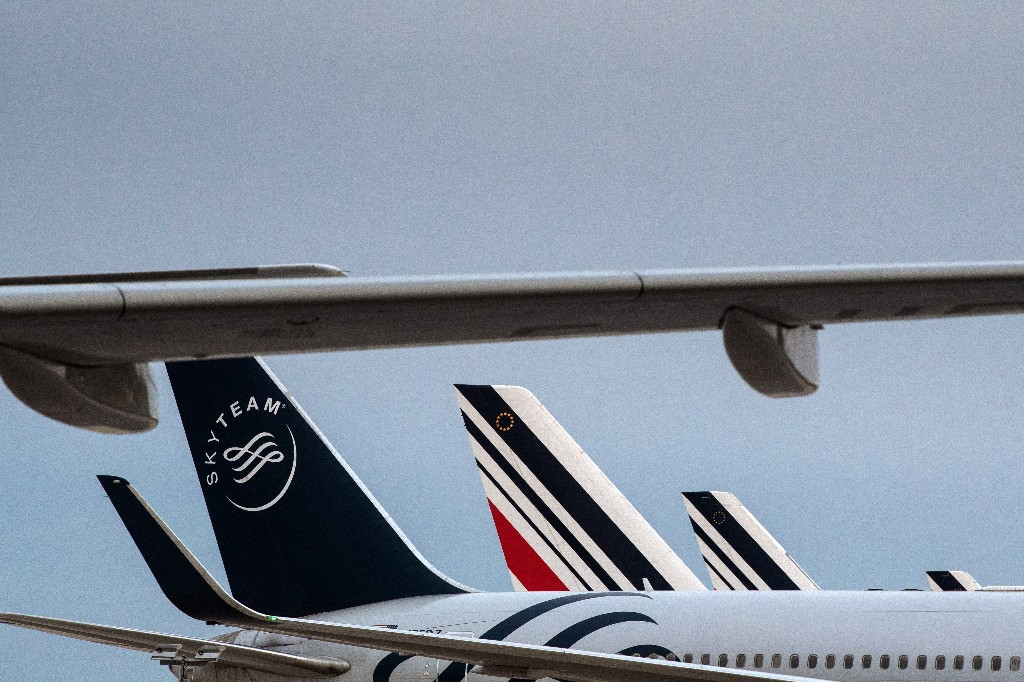 France will apply an 'ecotax' to nearly all air travel