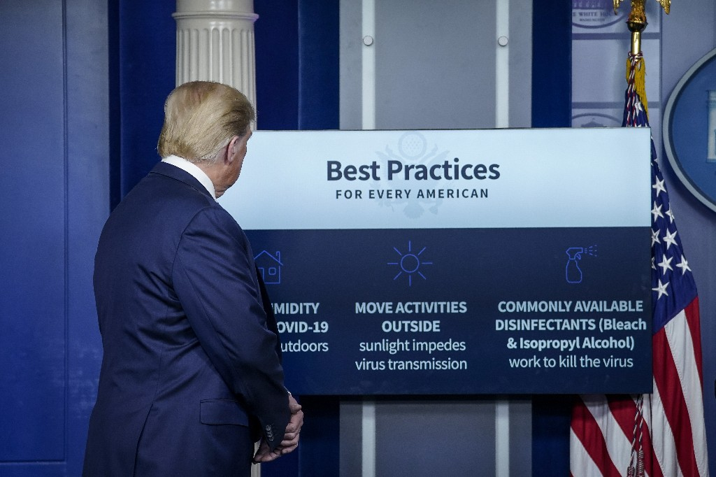 Trump just mused about whether disinfectant injections could treat coronavirus. Really.