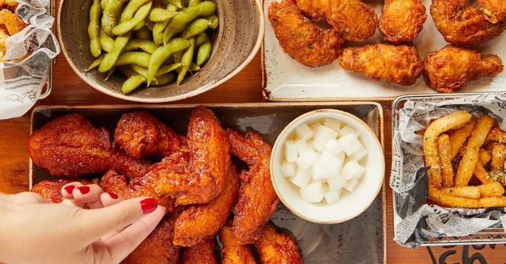 Oregon's First Bonchon, a Korean Fried Chicken Chain, Has Opened in Happy Valley