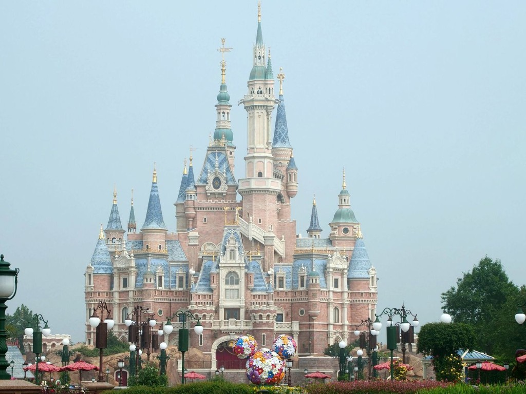 Shanghai Disneyland has officially reopened. These 15 photos show what it looks like