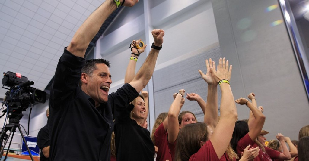 Stanford men's and women's swim & dive teams named Scholar All-America