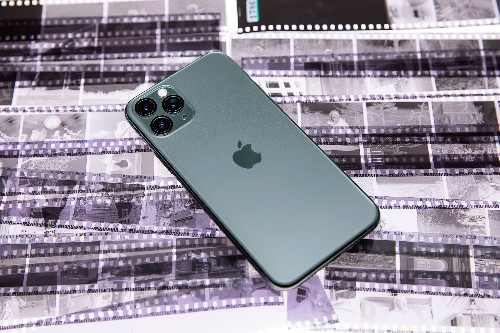 The strange state of iPhone reviews