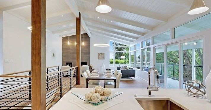 Design Meets Function in North Admiral Midcentury Modern