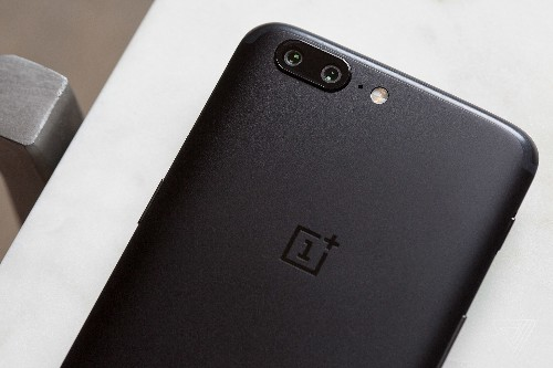 OnePlus 5 review: the me-too phone