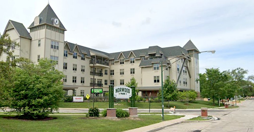 Nurse fired from Norwood Park senior home for pointing out COVID-19 safety issues: lawsuit