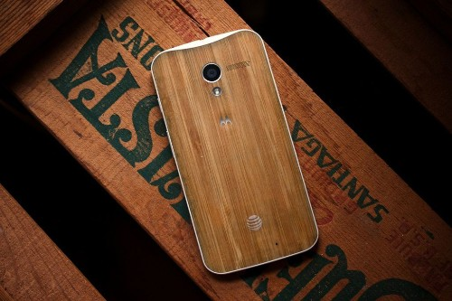 The new retro: how Motorola brought wood back, literally