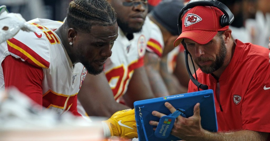 Why all defensive assistants returning is a key part of Chiefs' title defense