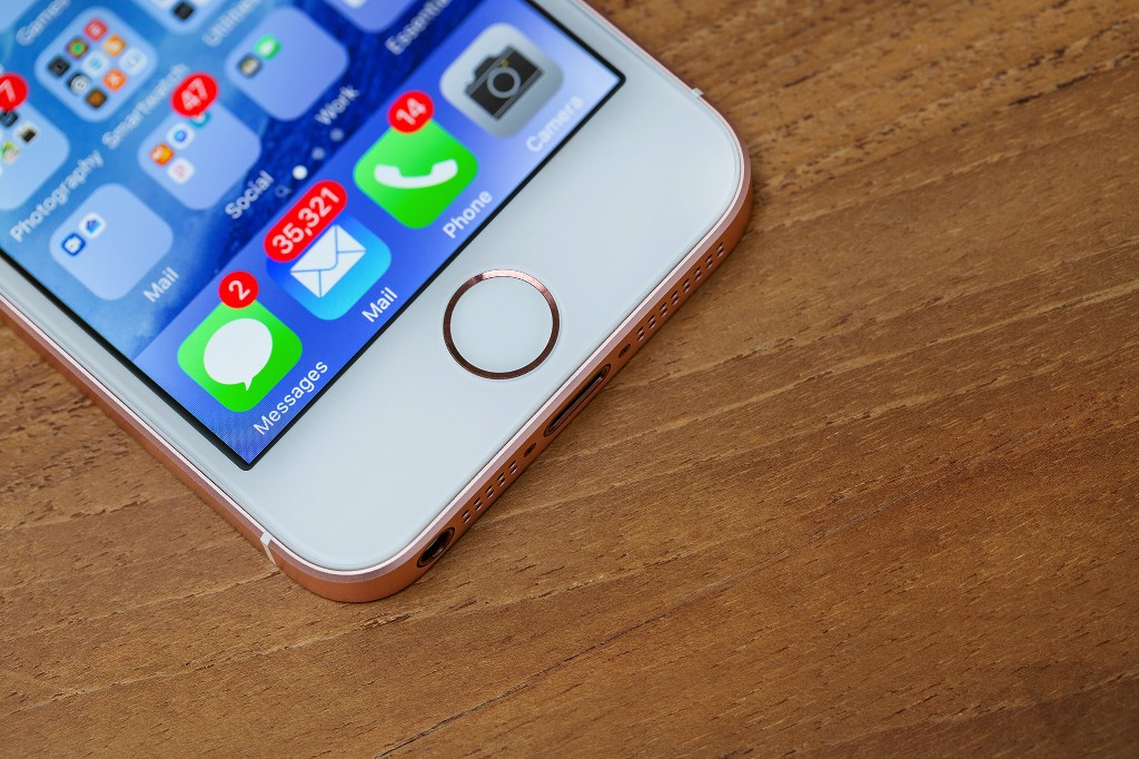 Apple recovered nearly $40 million in gold through its recycling program last year