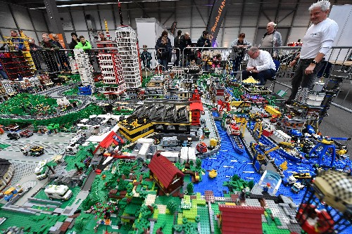 Where are the bike lanes in Lego world?