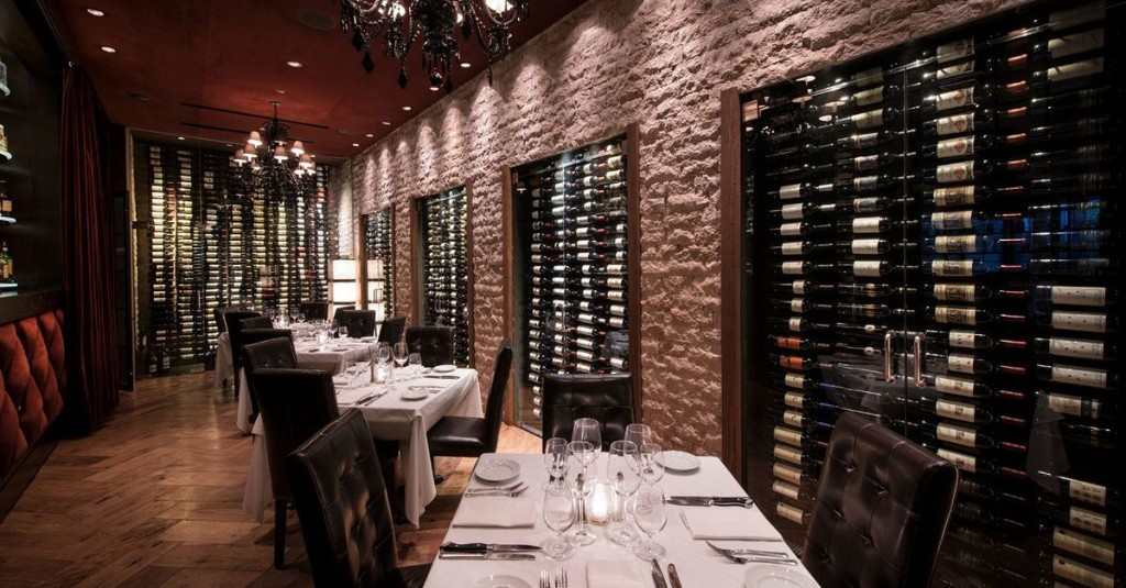 Some Restaurants in Phoenix Are Reopening Their Dining Rooms