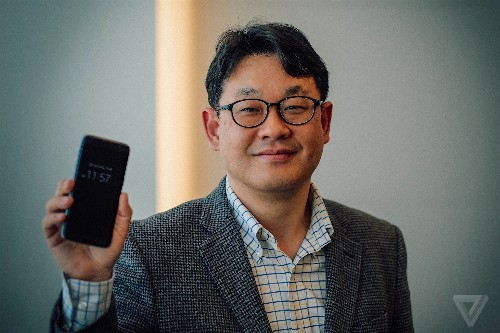 How Samsung plans its phones
