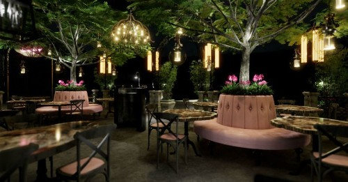 Lisa Vanderpump's Cocktail Lounge Brings a Garden Setting to the Strip