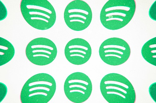 Spotify responds to Apple, calling it a 'monopolist'