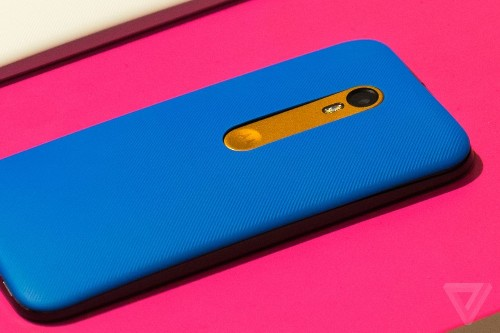 Here's how Motorola's new phones compare to the iPhone 6 and Galaxy S6