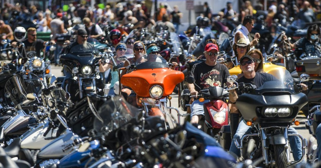 Harleys everywhere, masks nowhere: Sturgis expects crowd of 250,000