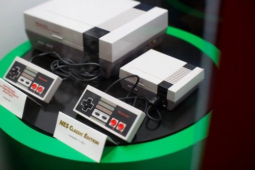 The NES Classic Edition is dead simple — and that's why it's great