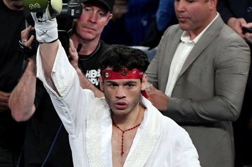 Julio Cesar Chavez Jr.-Alfred Angulo off